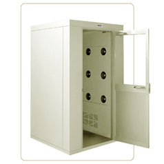 L型空氣浴塵室