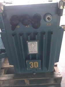 待售: 長晟 油浸式三相變壓器⑬