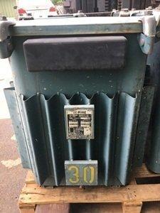 待售:余東電機 油浸式三相變壓器⑧
