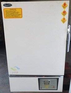 已售: 二手標準熱風循環乾燥箱 CDV-453